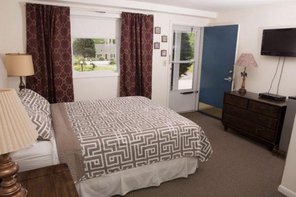 Room 4 queen4(1)